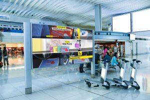 paspasmatik havaalani reklam billboard